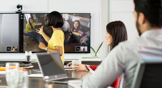 video-conferencing-messaging-2